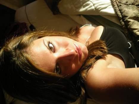 Sophie 26 ans de Paris 95C cherche un mec pour baiser