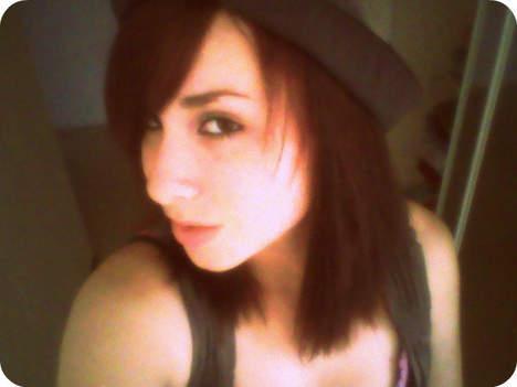 Sophie petite meuf de 23 ans sur Auxerre cherche une rencontre d'un soir
