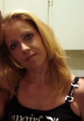 Alexandra femme de 36 ans sur Tours cherche un homme