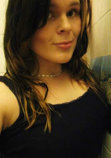 Celia jeune femme de 25 ans sur Montpellier cherche un plan d'un soir
