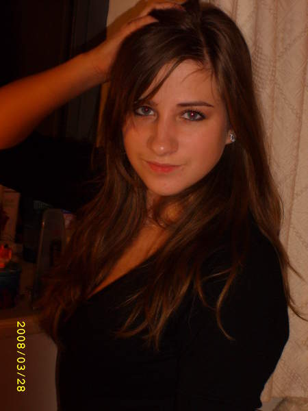 Jeune fille sur Cahors cherche une rencontre d'un soir