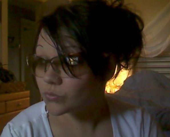 Amelie cherche un homme marié ou un couple sur Nantes
