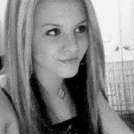 Blonde de 25 ans sur Toulon cherche un homme