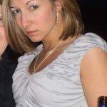 Elise petite cochonne de 25 ans sur Blois